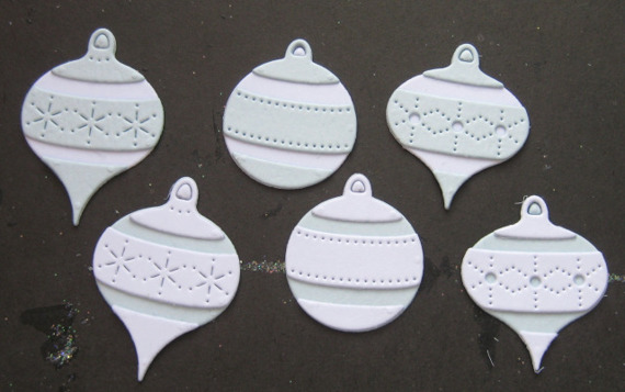 Wykrojnik - Poppystamps - Pinpoint Ornament Set - bombki